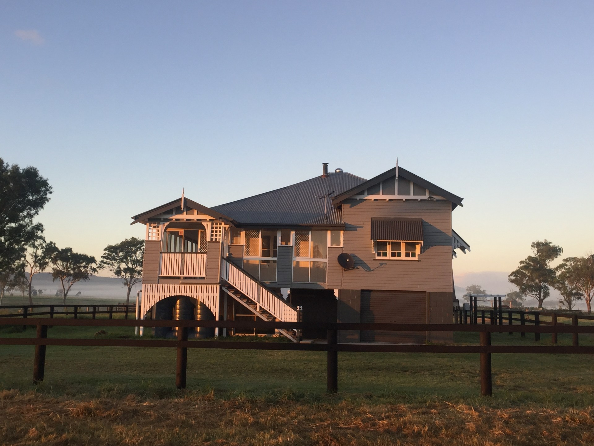 Welcome to Killara Homestead A THOROUGHBRED RETREAT ? COME AND STAY!